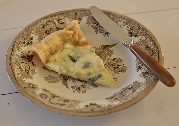 Tærte med gorgonzola og pærer